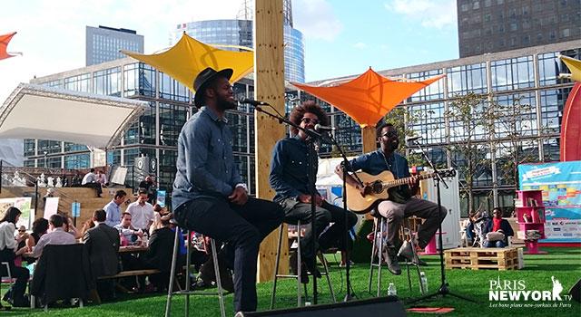 The Groovy Project à La Défense, Paris New York TV
