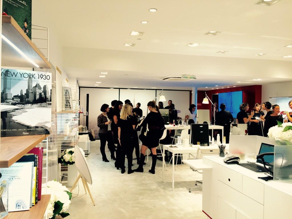 Ambiance New-York dans la boutique Elizabeth Arden Paris 16e
