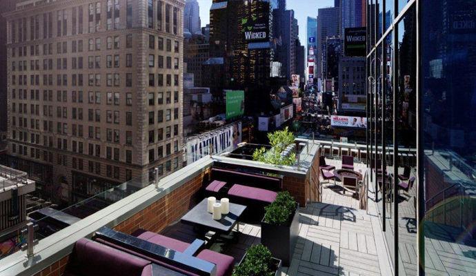 la terrasse du novotel sur times square à new york