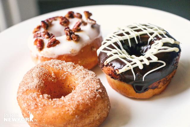 trio de donuts signés rachel