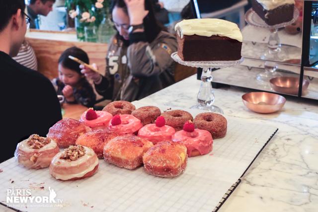les donuts framboise américains du café ob-la-di à paris