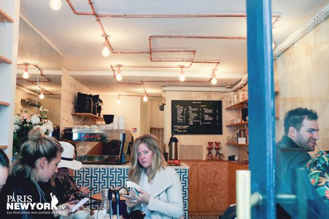 les visiteurs du café obladi à paris parlent anglais
