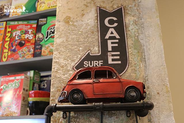 le café harper's dans le 18e arrondissement de paris