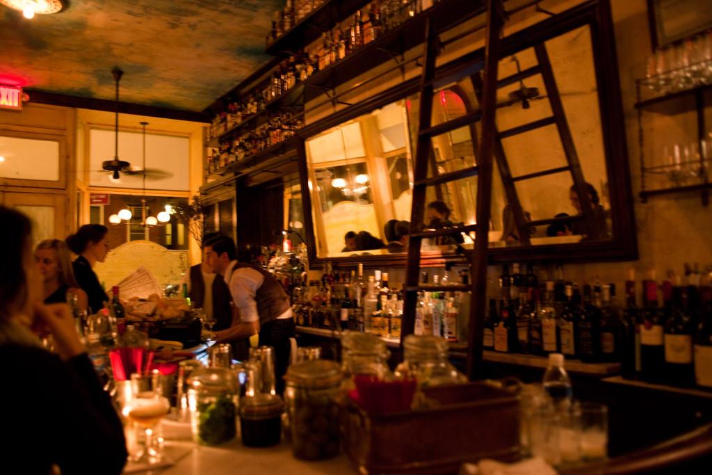 Soirée au Hotel Delmano à Brooklyn, l'un des 5 meilleurs bars à cocktail - D.R.