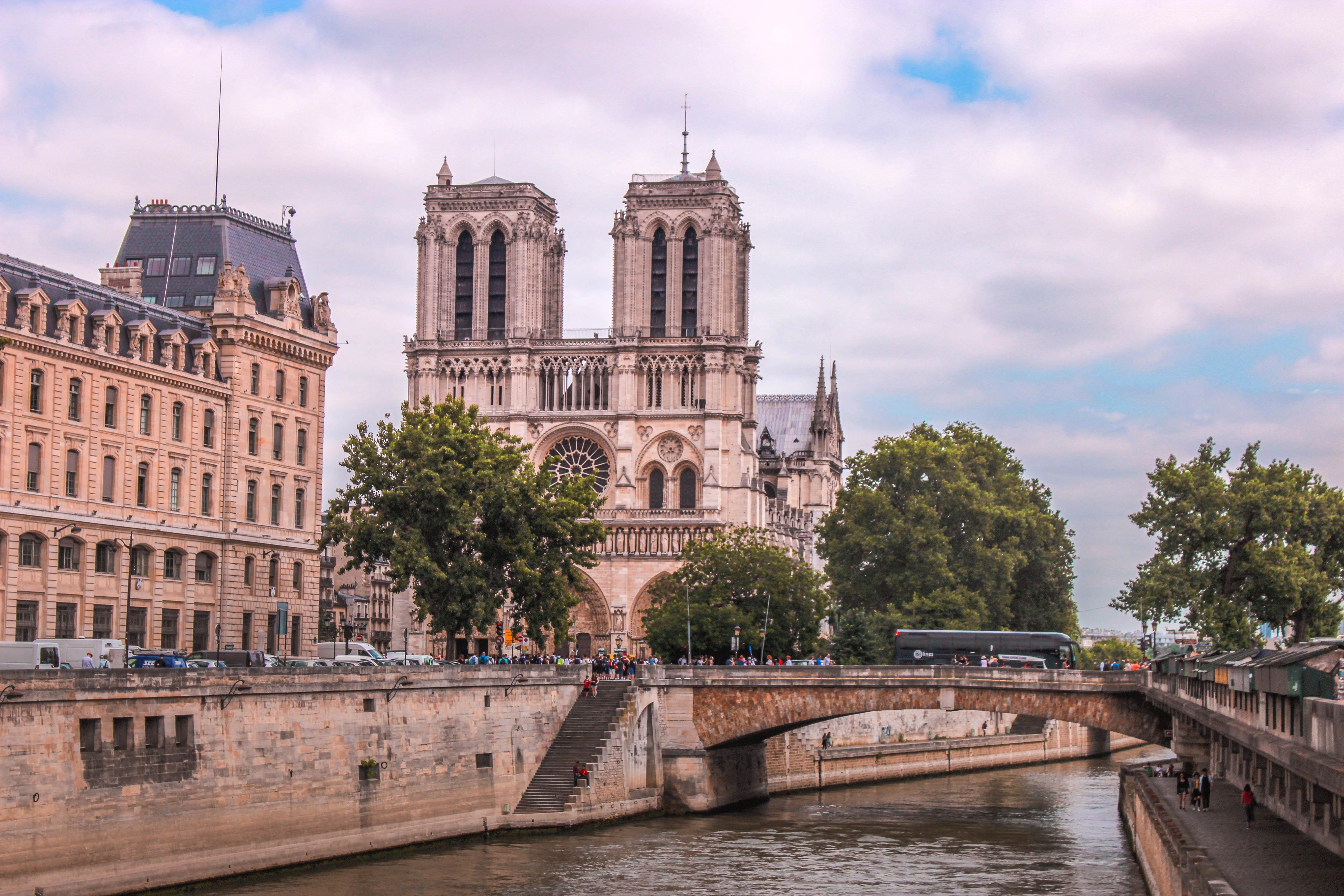 Plus de 2 millions de $ de dons new-yorkais pour Notre-Dame de Paris